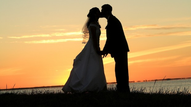 wedding stress and how to deal with it